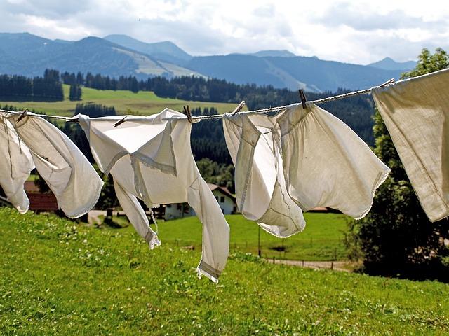 洗濯物は日焼けします!服の日焼け対策